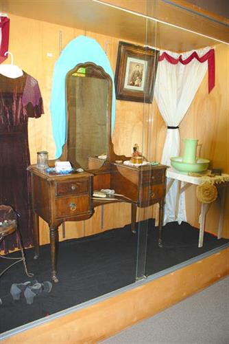 Ladies' vanity table and accessories from the 1920's - late 1930's