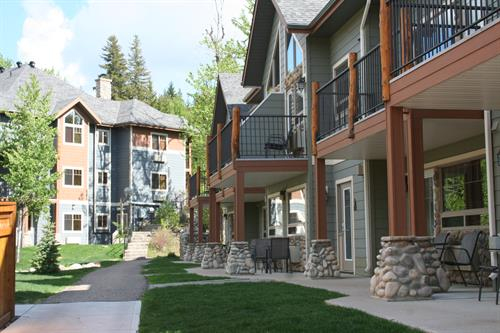 Incredible accommodations are waiting in the CHDA.  Relax in a loft, townhouse or cabin at the Elkwater Lake Lodge (AB side), or The Resort at Cypress Hills (SK side), or take in one of the many unique bed and breakfasts o