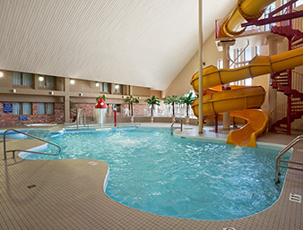 Waterpark with Hot tub, Waterslide, Pool