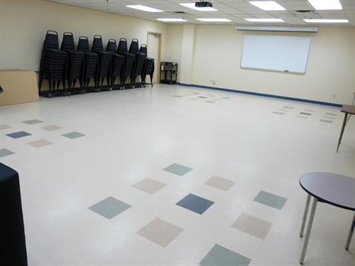 Honor Currie Meeting Room - 100 person capacity
