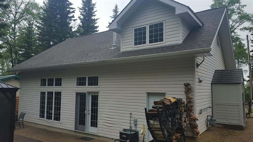 Siding in Elkwater before