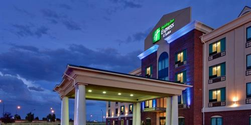 Holiday Inn Express & Suites Medicine Hat