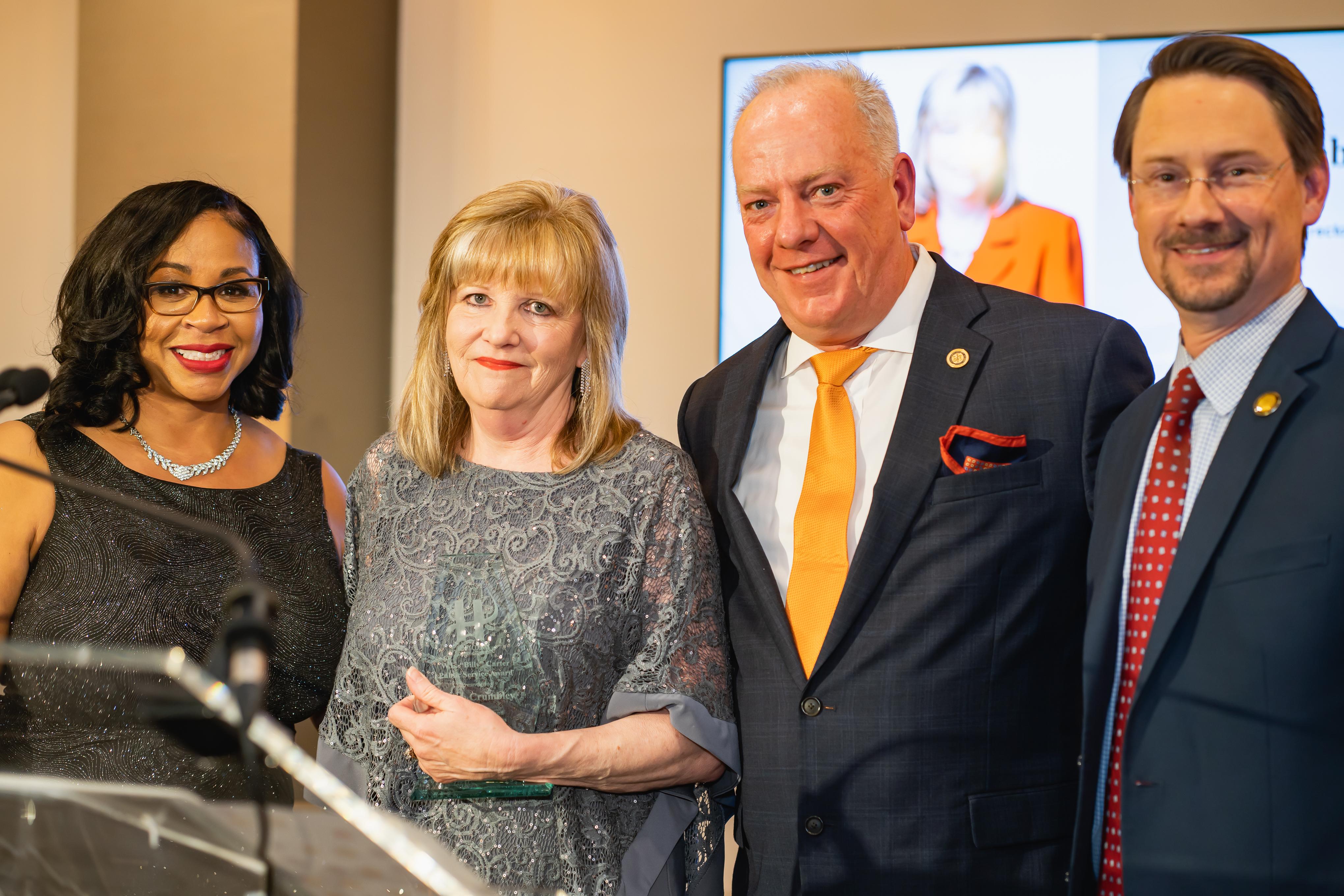 Chamber Names the Billy Carter Public Service Award 2019 – Susan Crumbley