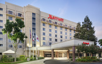 Gallery Image Front_of_Hotel.jpg