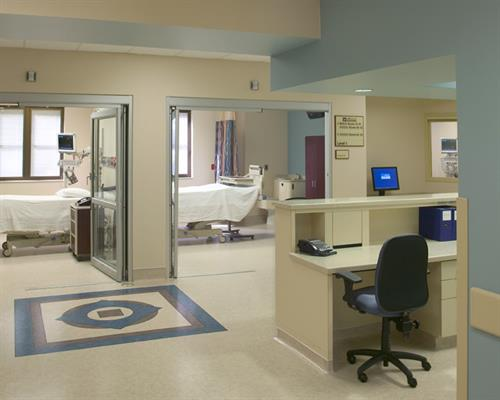 The Medical Center of Southeast Texas ICU