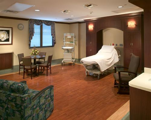 The Medical Center of Southeast Texas Womens Services Suites