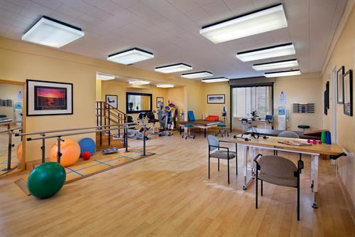 Gallery Image 1518-08-Rehab-Glenbrook-Health-Center-Olson_EricFiggePhotos.jpg