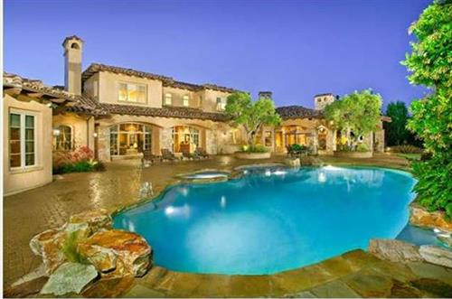Del Mar Luxury Living