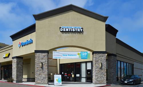 Looking for a family dentist in Encinitas, CA?