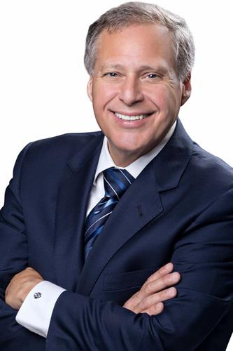 Richard M. Renkin is a California Certified Family Law Specialist and a recognized authority on family and divorce law.