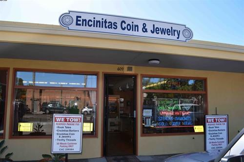 Gallery Image Encinitas_Coin_and_Jewelry_STORE.jpg