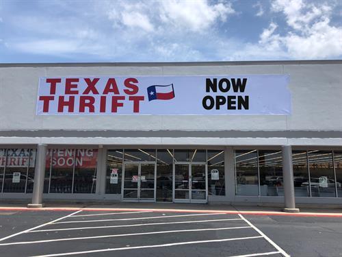 Texas Thrift Now Open
