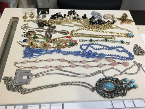 Vintage & Deco Jewelry