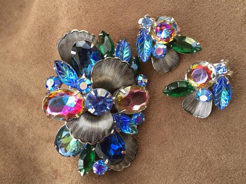 Vintage Pin & Earrings Set