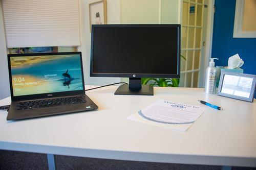 elllo desk