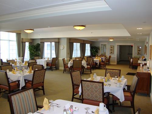 Brandon Oaks Dining Room