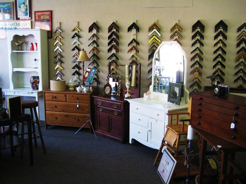 Korte's Custom Framing and Antiques