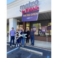 Metro by T-Mobile Ribbon Cutting in Daphne