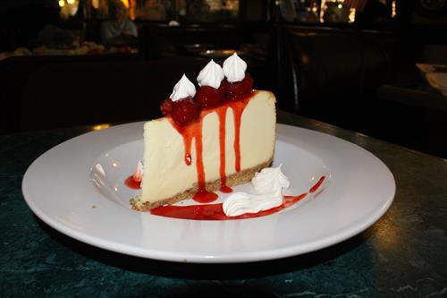 NY Hi-Rise Cheesecake with Strawberries