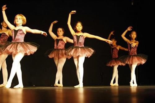 Gallery Image ballet2(ts201307211437481238).jpg