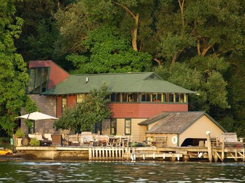 Gallery Image Ithaca_Boat_1.jpg