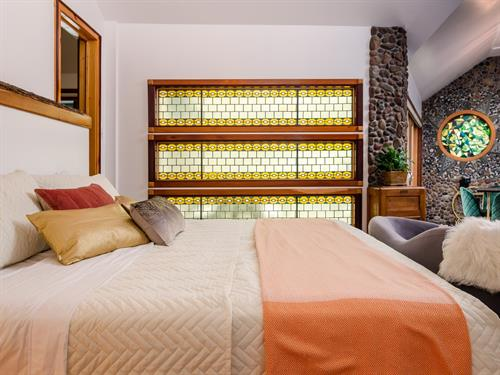 Park Suite - king bed and stained glass