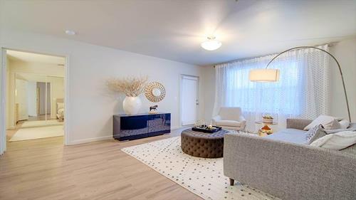 Gallery Image 9_-_living_room.jpg