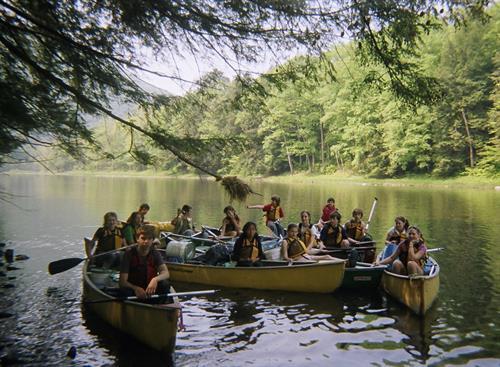 Gallery Image canoe.jpg