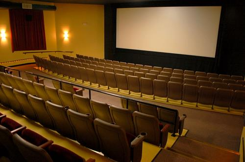 5 beautiful auditoria featuring stadium seating and state of the art digital projection