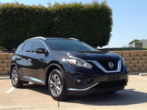 Nissan Murano Luxury Crossover Sedan
