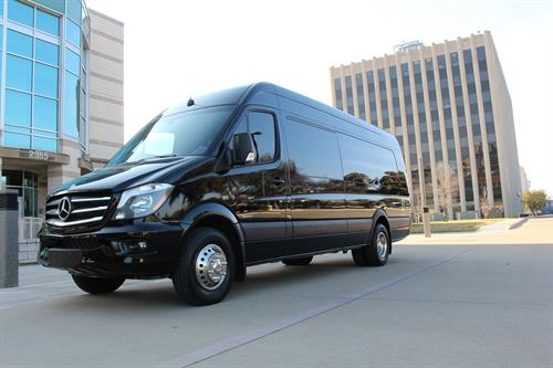 Gallery Image Executive_Sprinter_Exterior.jpg