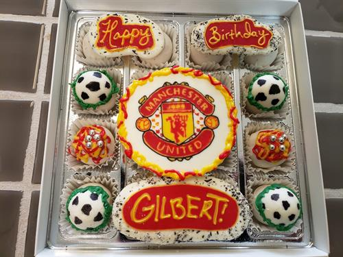 Football (Soccer) themed Cakettes