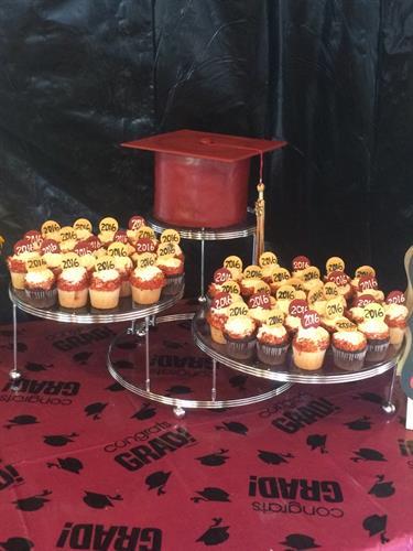 Graduation cupcakes and cake