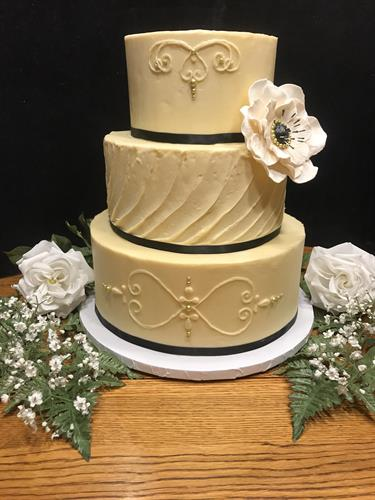 Wedding cake with hand made sugar flower