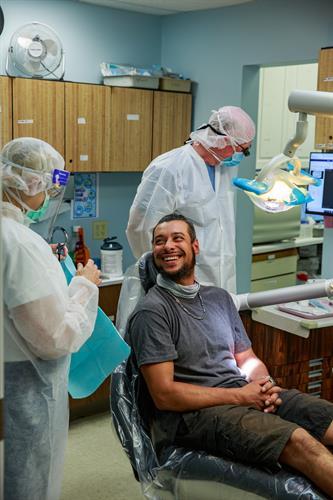 Gallery Image Happy_dental_patient.jpg
