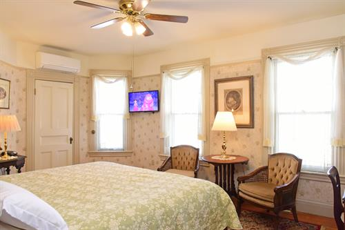West Wing suite - King size bed room