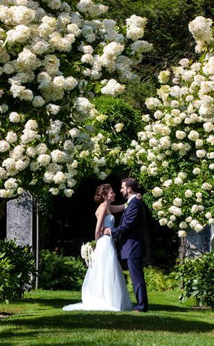 A wedding under the Garden Arch