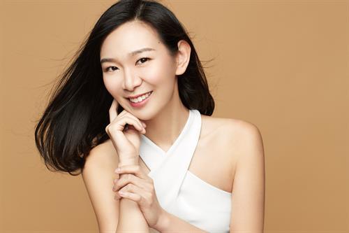 Soprano Helen Zhibing Huang