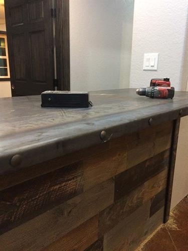 Welding / Metal Bar Top