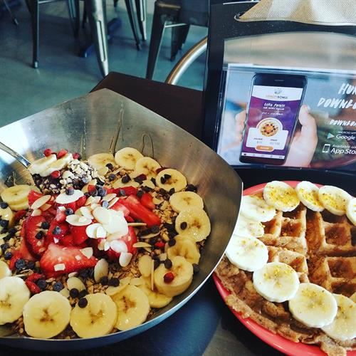 Warrior Bowl adding on top chocolate chips & Superfood Waffle
