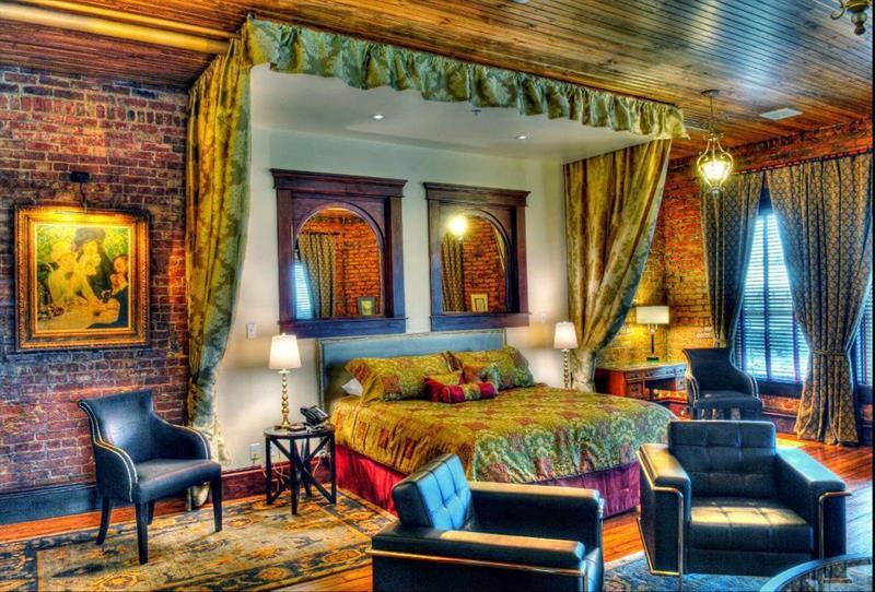 The Hackett Hotel