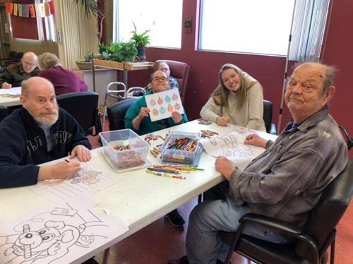 Gallery Image Intern_with_seniors.jpg