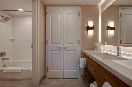 Double Queen One Bedroom Suite Bathroom