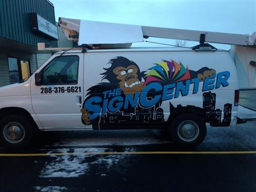 Sign Center Van