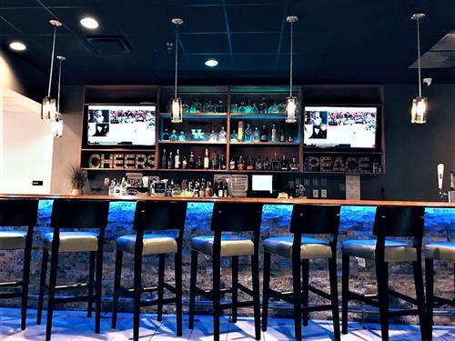 Bourbon Bar & Restaurant
