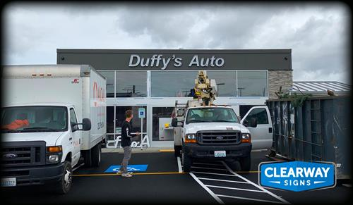 Duffy's Auto channel letters