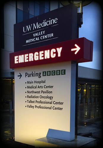 Valley Medical Center monuments / wayfinding signs