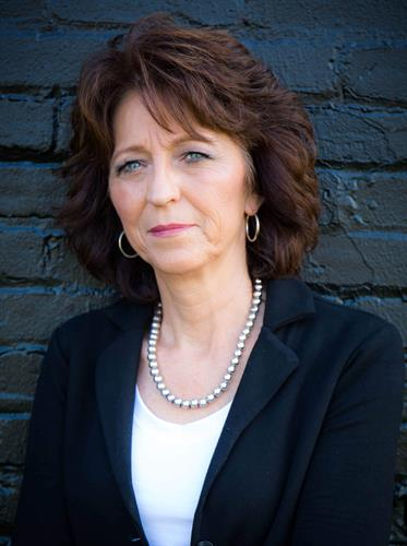 Dana Whitehead, Realtor