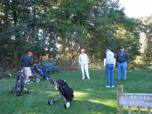 Gallery Image golfers.jpg