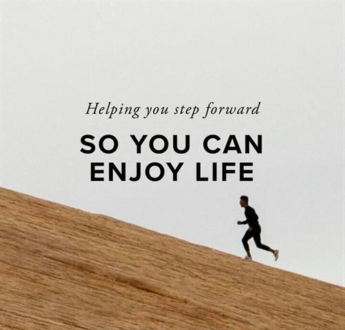 Dr. Aamir Mahmood, DPM - Helping you step forward so you can enjoy life.